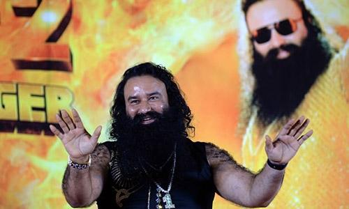 Ông Singh bác bỏ cáo buộc cưỡng hiếp hai thành viên nữ.