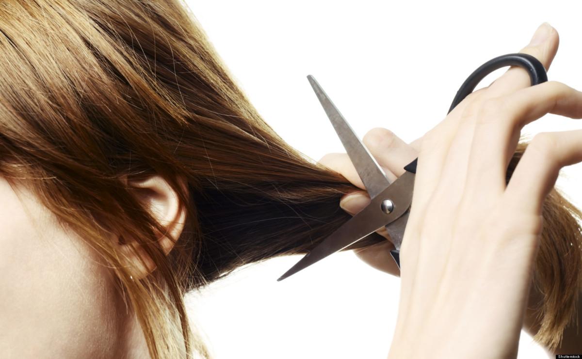 mơ cắt tóc
