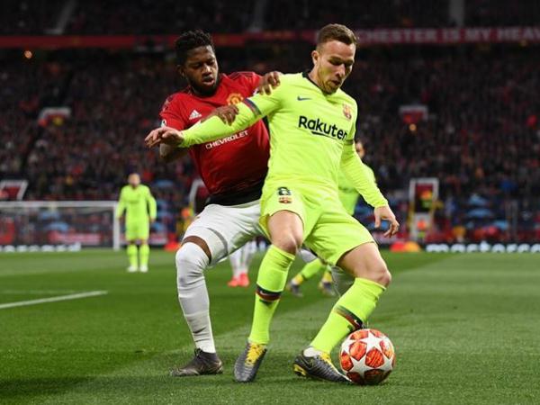 Barca giành chiến thắng trước MU ở sân Old Trafford
