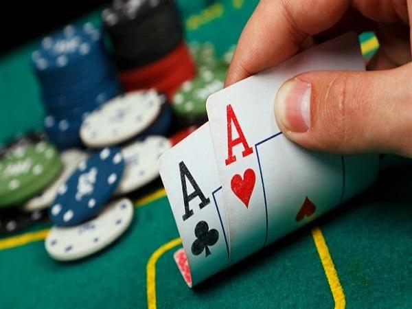 Game bài poker online là gì?