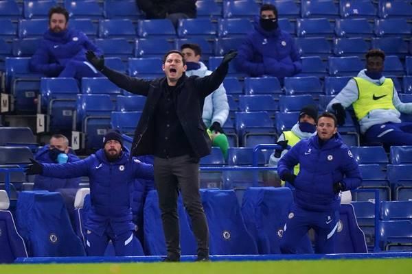 Nguyên nhân khiến Chelsea sa sút phong độ